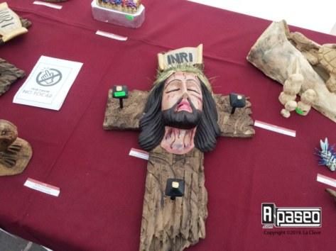 cristo-cruz-rustica